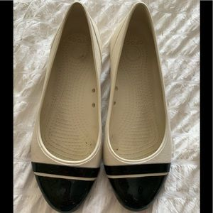 woman's Crocs shoes 7 cream and black ** 2/$35**